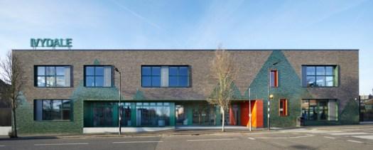 Ivydale Primary School / Hawkins\Brown. Image © Jack Hobhouse