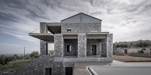 Katsimpiri3_800_2988 Olive and Stone Residence / Nikos Mourikis Architecture