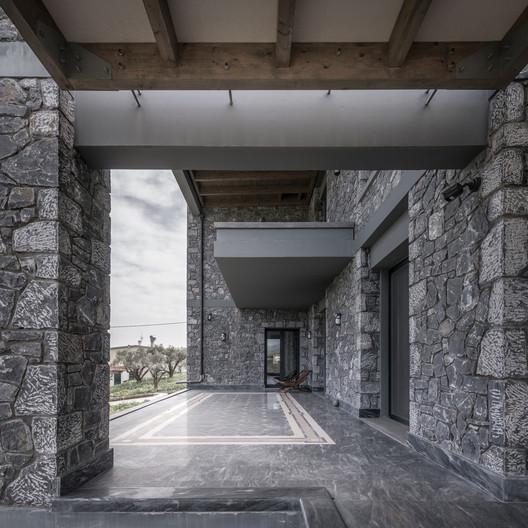 Katsimpiri10_800_2960 Olive and Stone Residence / Nikos Mourikis Architecture