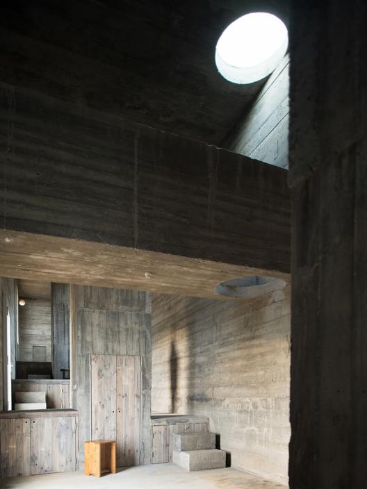PVE_LOBA_INT_04_S Loba House / Pezo von Ellrichshausen Architecture