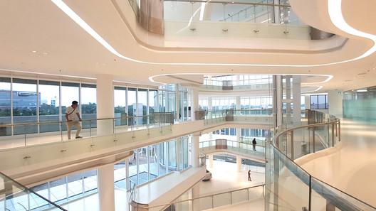 Salinan_19_SHOWROOM Andalan Automotive Gallery and Office / Studio SA_e + Sindhu Hadiprana Design Consultant Architecture