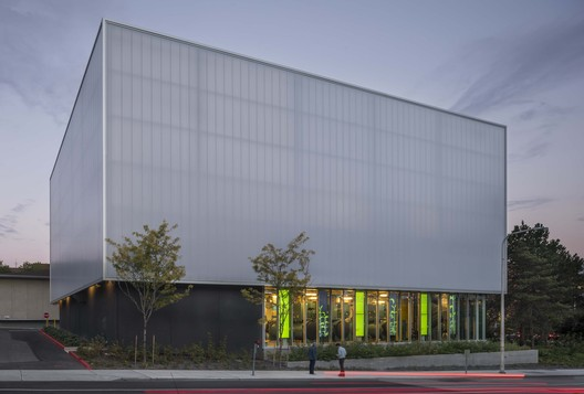 UW_WCUP_003_Copyright_Lara_Swimmer University of Washington West Campus Utility Plant / The Miller Hull Partnership Architecture