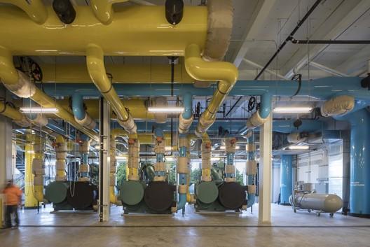 UW_WCUP_011_Copyright_Lara_Swimmer University of Washington West Campus Utility Plant / The Miller Hull Partnership Architecture