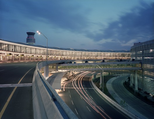 Toronto Pearson International Airport Terminal 1. Image © Timothy Hursley