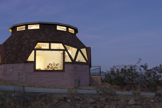dome_016 Palm Springs Dome House / Pavlina Williams Architecture
