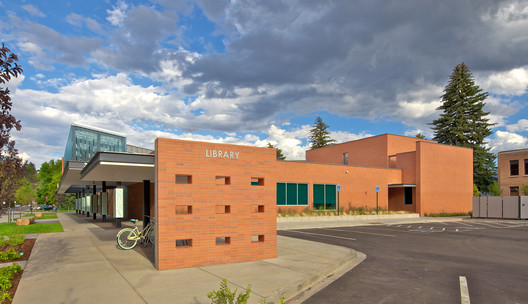 IMG_0779_-_Version_2 Carbondale Branch Library / Willis Pember Architects Architecture