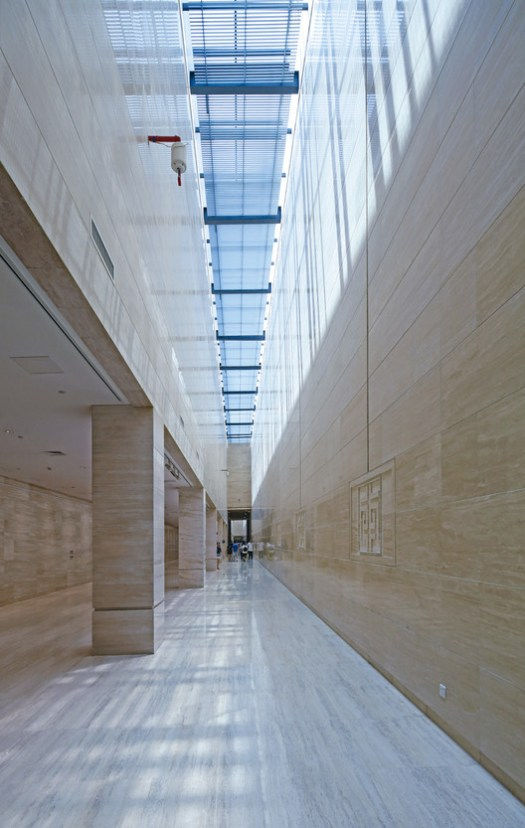 Underground light corridor. Image © Guangyuan Zhang