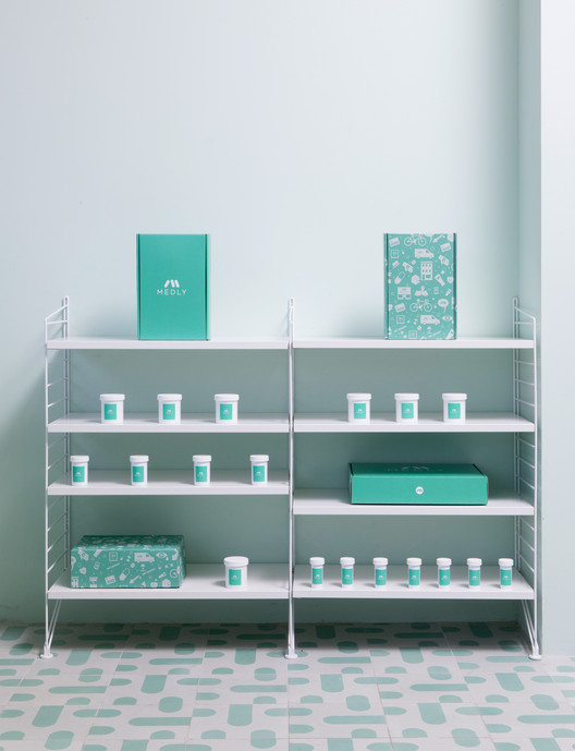 Medly_Pharmacy_Design_4Q2C7444_ Medly Pharmacy / Sergio Mannino Architecture