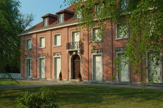 Churchill Villa, Mies van der Rohe. © Heike Vogt, via Wikimedia. License CC BY 3.0