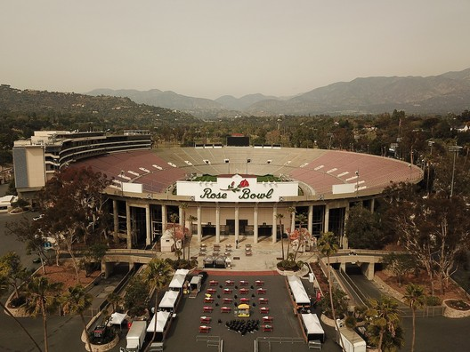 © <a href='https://commons.wikimedia.org/wiki/File:Rose_Bowl_Stadium_looking_North.jpg'>Wikimedia user Stephen Kallin</a> licensed under <a href='https://creativecommons.org/licenses/by-sa/4.0/deed.en'>CC BY-SA 4.0</a>