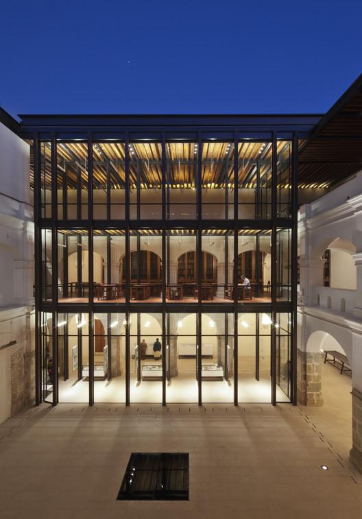 Centro Académico y Cultural San Pablo / Taller Mauricio Rocha + Gabriela Carillo. Image © Sandra Pereznieto