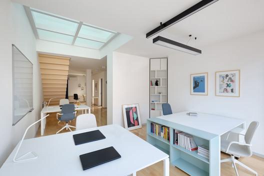04 GV51 Penthouse Apartments / Ela Nesic + Danilo Nedeljkovic Architecture