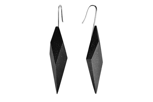 2017-12-23-020435_5zFA Wearable Architecture: 11 Architecture-Inspired Jewelry Lines Architecture