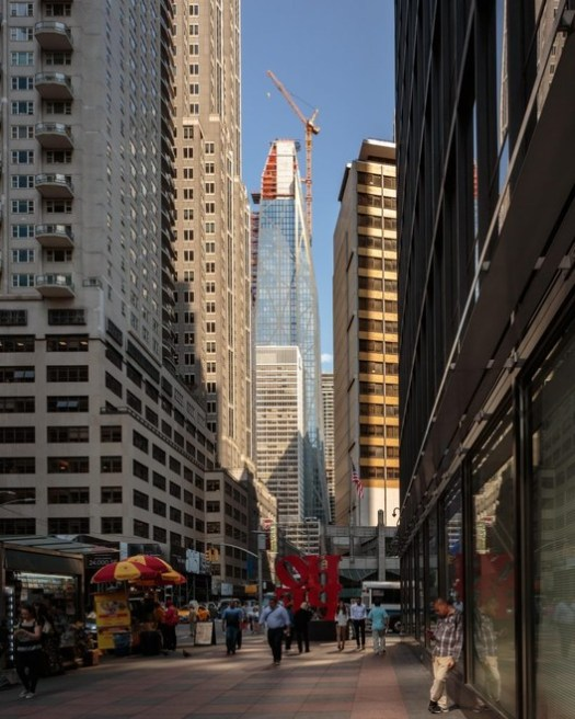 © Andrew Campbell Nelson <a href='https://newyorkyimby.com/2018/06/jean-nouvel-presides-over-53-west-53rd-streets-topping-out-views-show-rest-of-billionaires-row-continues-to-rise.html'>via NY YIMBY</a>