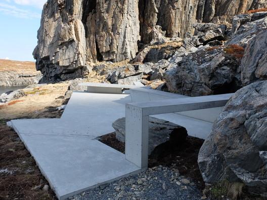 rest_area_south_on_consecrated_ground_3_foto_MORFEUS_arkitekter BUKKEKJERKA / MORFEUS arkitekter Architecture
