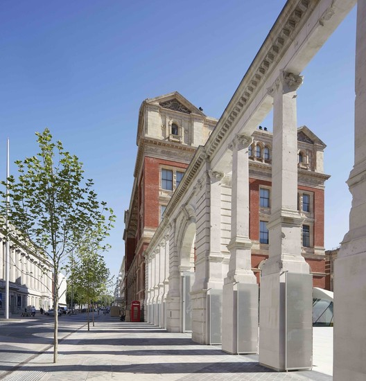 060_The_Aston_Webb_Screen__the_V_A_Exhibition_Road_Quarter__designed_by_AL_A_%C2%A9Hufton_Crow 50 Planning Terms & Concepts All Architects Should Know Architecture