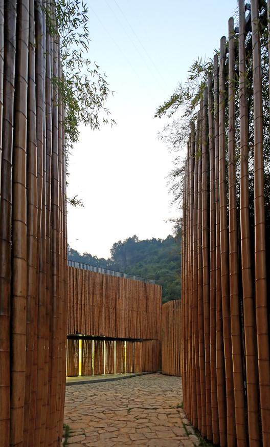 Bamboo Wall. Image © Guangyuan Zhang