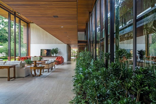 MLA House / Bernardes Arquitetura. Image © Leonardo Finotti