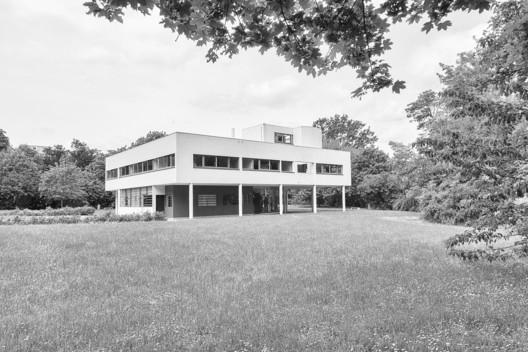 Villa Savoye / Le Corbusier. © Ángel Fernandez