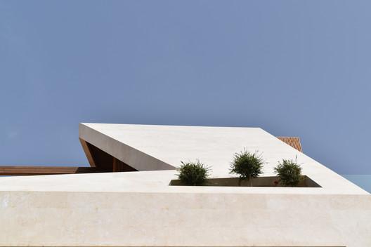 10 Kharand-House / Hamed Tadayon, Mohammad Amin Davarpanah Architecture