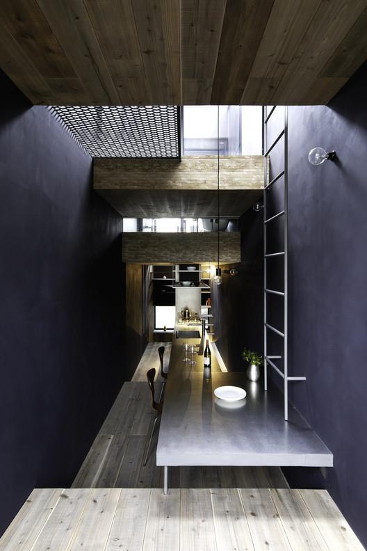 308_okanotei-2 1.8M Width House / YUUA Architects & Associates Architecture