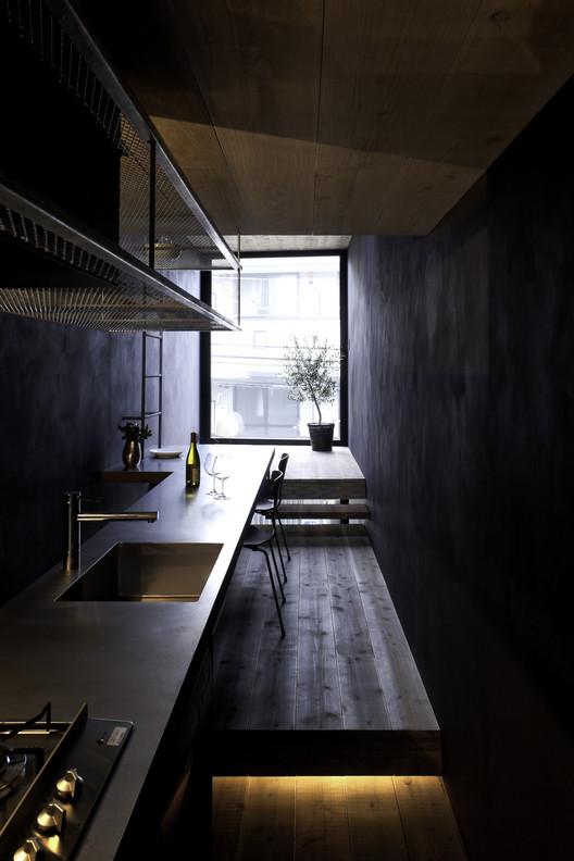 304_okanotei 1.8M Width House / YUUA Architects & Associates Architecture