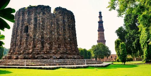 Tarun_Bhardwaj_CC_ASA_40 History's Most Notorious Unfinished Buildings Architecture