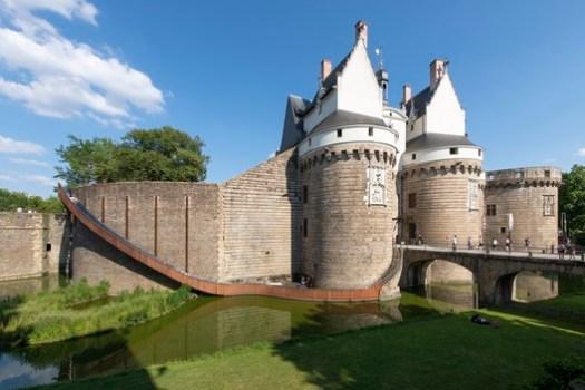 Chateau des Ducs de Bretagne featuring Paysage Glisse by Tact Architectes and Tangui Robert. Image © LVAN