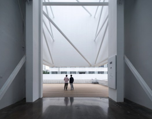View from the inside to the entrance. Image © Shengliang Su, Qingshan Wu
