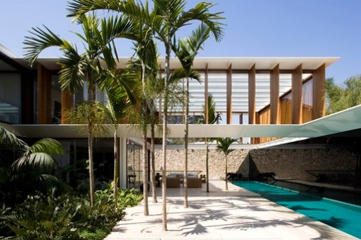 JH House / Bernardes + Jacobsen Arquitetura. Image © Leonardo Finotti