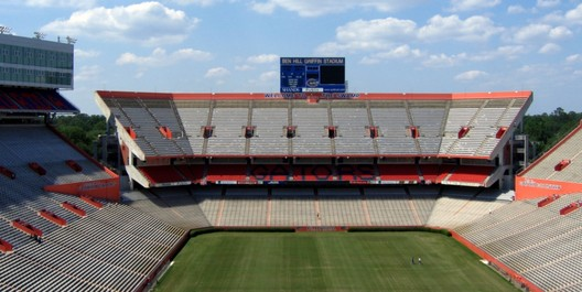 18. Ben Hill Griffin Stadium / Gainesville, Florida, USA. Image courtesy of flickr user greatdegree. Licensed under CC BY-SA 2.0
