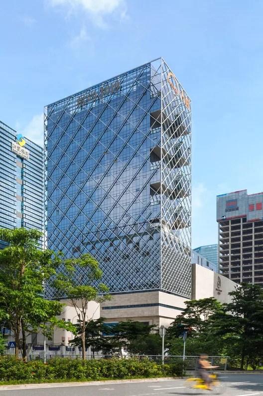 Diamond shape facade. Image © Tianpei Ceng