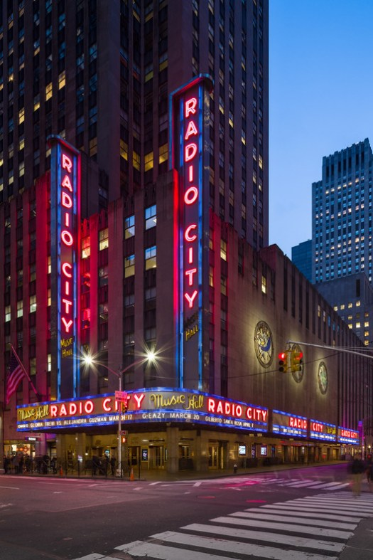 Radio City Music Hall / Edward Durell Stone and Donald Deskey