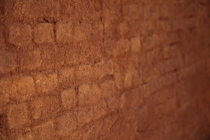 How to Make Earth Plaster in 5 Easy-to-Follow Steps, © Rafael Loschiavo | Ecoeficientes