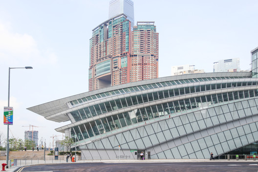 West Kowloon Station - Hong Kong. Image © Kris Provoost