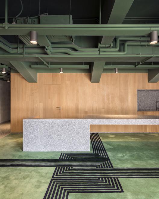 BRIDGE-22-X B Campus / AIM Architecture Architecture