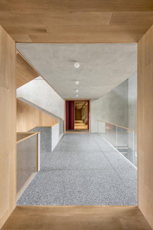 BRIDGE-643-X B Campus / AIM Architecture Architecture