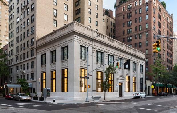Apple Store, Upper East Side / Bohlin Cywinksi Jackson,© Peter Aaron