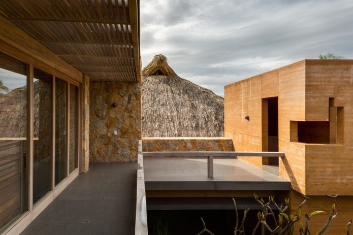 Casa en el Pacifico / Bernardi + Peschard arquitectura. Image © Rafael Gamo