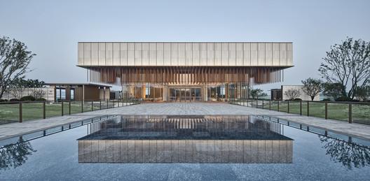 Lianzhong MODO City Sales Center / JHD Architects - Free CAD