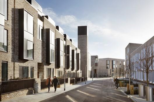 Eddington Lot 1, Cambridge / WilkinsonEyre with Mole Architects. Image © Jack Hobhouse