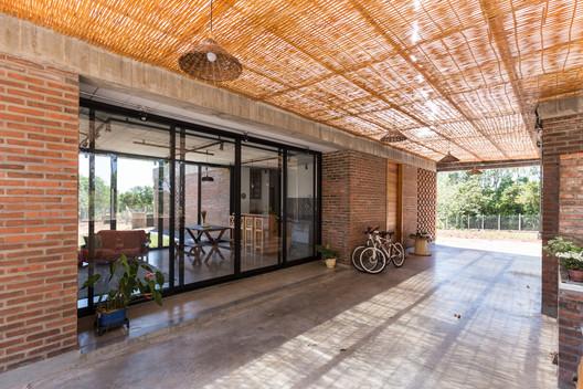 JM House / Troyano Arquitetura. © Marcelo Donadussi