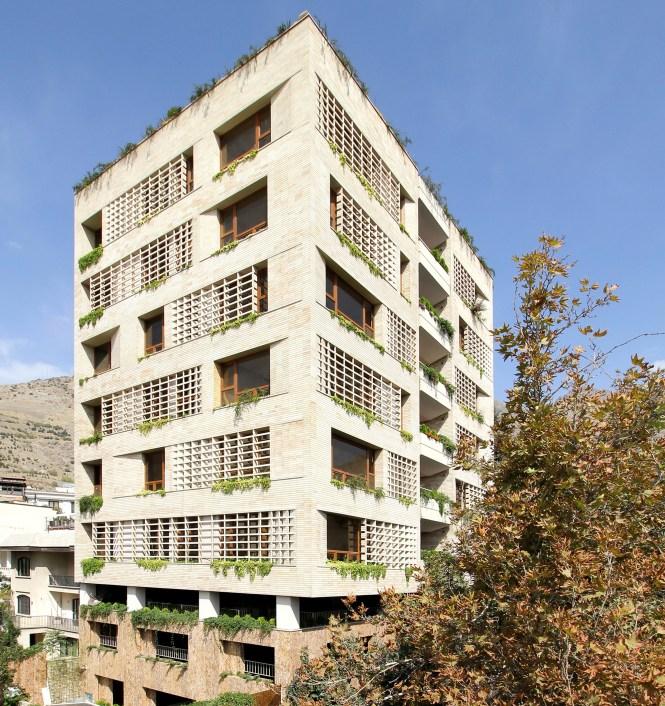 Green House Karabon Archdaily