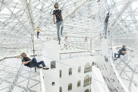 'In Orbit' Installation. Image Courtesy of Studio Tomás Saraceno
