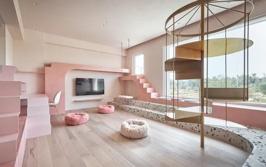 Casa rosada dos gatos / KC Design Studio. Image © Hey! Cheese