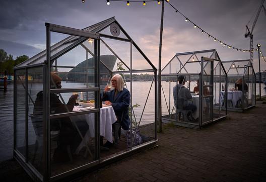 © Willem Velthoven for Mediamatic Amsterdam