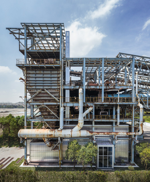 North facade in drone angle. Image © Terrence Zhang