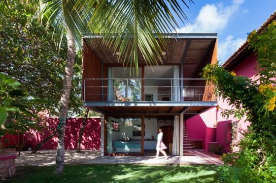 Casa em Lauro de Freitas / Jamelo Arquitetura.  Imagem: © Vivi Spaco