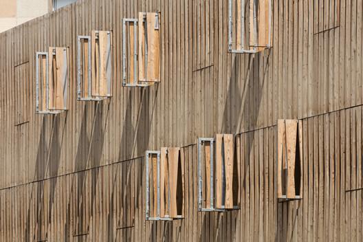 CIL – Résidence Simone Veil / Vincent Parreira Atelier Architecture AAVP. Image © Luc Boegly