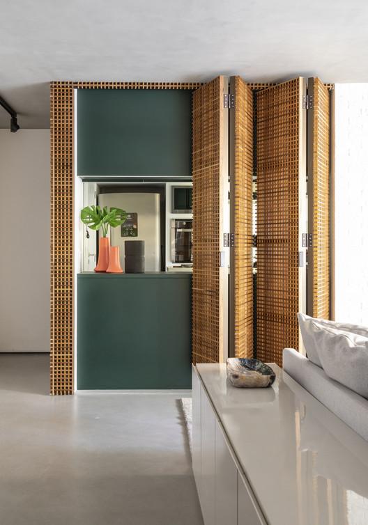 Apartamento AMV / Studio Gabriel Garbin Arquitetura. Foto © Evelyn Muller